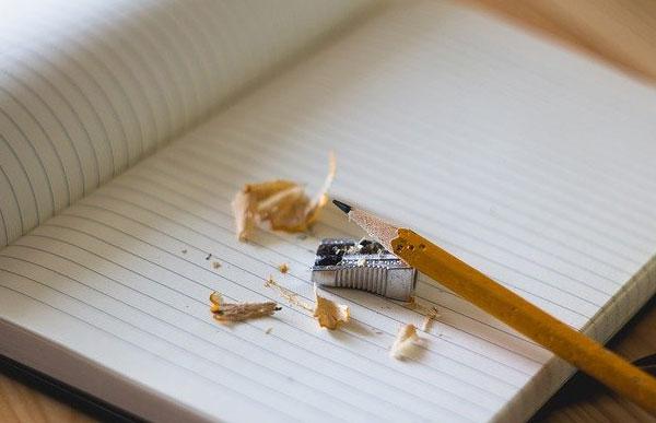 鉛筆 ノート